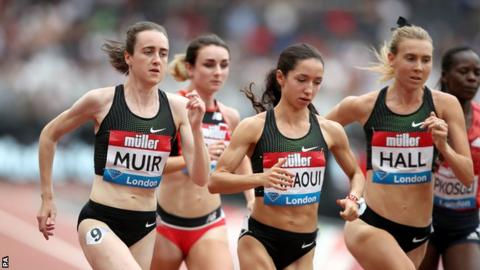 Laura Muir competing at the women's mile at the Anniversary Games