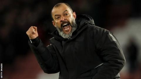 Nuno Espirito Santo celebrates a Wolves goal
