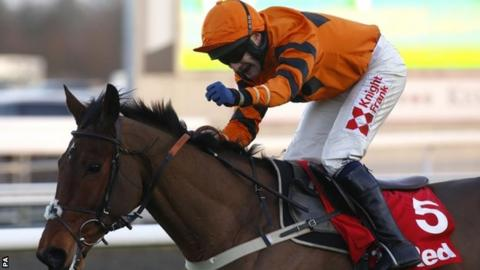 Tom Scudamore celebrates victory on Thistlecrack