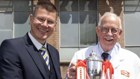 SPFL chief executive Doncaster (left) hosted the draw