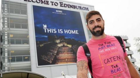 Juanma Delgado arrives in Edinburgh