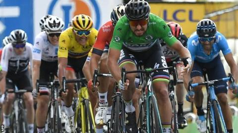 Tour de France: Tom Dumoulin gets 20 second time penalty for drafting