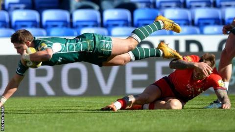 Piet van Zyl scored the only try of a poor game at the Madejski Stadium