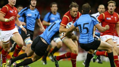 Uruguay bests Canada in World Cup qualifier