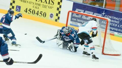 Action from the Giants' win over Dundee Stars