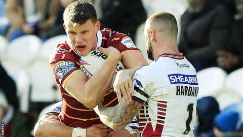 Louis Senior playing against Wigan