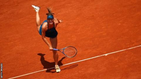 Serena Williams withdraws from French Open match against Maria Sharapova with injury