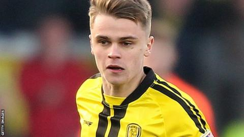 Jake Hesketh in action for Burton