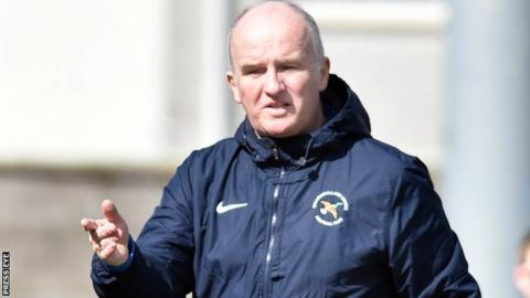 Whitey Anderson had 'mind made up' he would resign as Ballinamallard manager at the end of the season