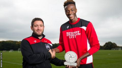 Lee Johnson (left) and Tammy Abraham