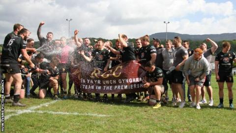 RGC players celebrate victory at Glynneath
