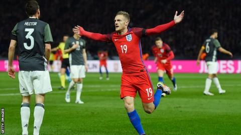 Jamie Vardy celebrates scoring for England against Germany in Berlin