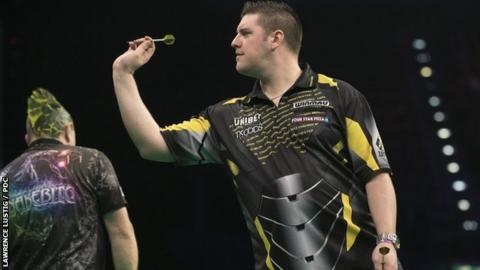Premier League Darts: Daryl Gurney only winner on night of draws in Birmingham
