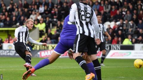 Scott Agnew scores for St Mirren against Dunfermline