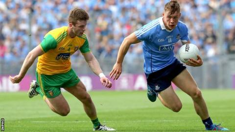 Donegal defender Eoghan Ban Gallagher tries to keep pace with Dublin forward Con O'Callaghan