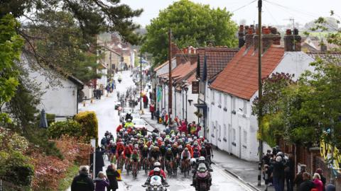 SCARBOROUGH, ENGLAND - MAY 04: Hunmanby Village / Landscape / Peloton / Fans / Public / during the 5th ASDA Tour de Yorkshire 2019 - Elite Women, Stage 2 132km stage from Bridlington to Scarborough / @letouryorkshire / #WTDY / on May 04, 2019 in Scarborough, England. (Photo by Michael Steele/Getty Images)