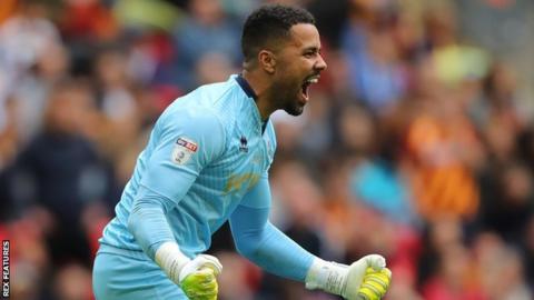 Millwall goalkeeper Jordan Archer