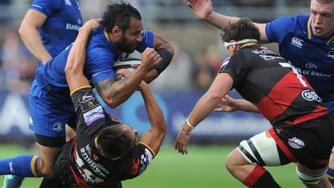 Isa Nacewa (left) in actuon for Leinster
