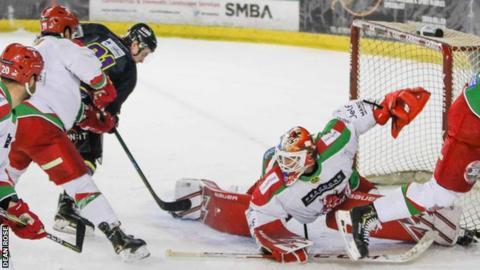 Cardiff Devils netminder Ben Bowns denies Manchester Storm
