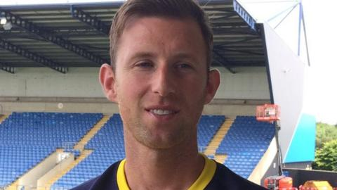 b4bafdfff7e Mike Williamson was released by Wolves in May following an injury-disrupted  season. Oxford United ...