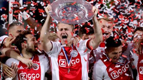 Matthijs de Ligt: Ajax defender set to complete Juventus move