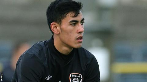 Republic of Ireland U21 international Eric Grimes has joined the Brandywell club