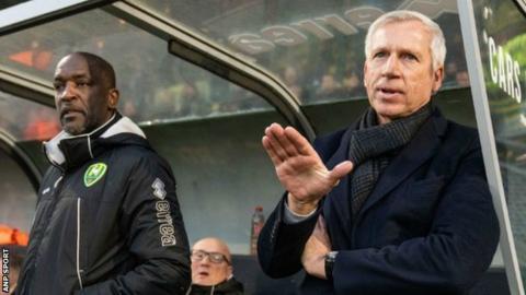 Alan Pardew leaves role as ADO Den Haag boss