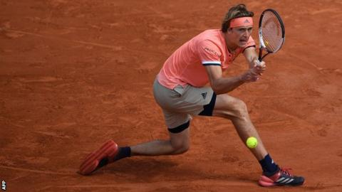 Zverev reaches French Open quarters