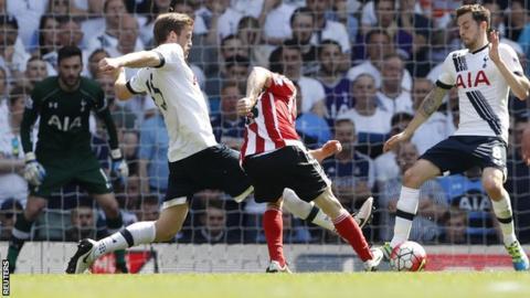 Steven Davis goal