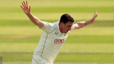 Surrey fast bowler Mark Footitt