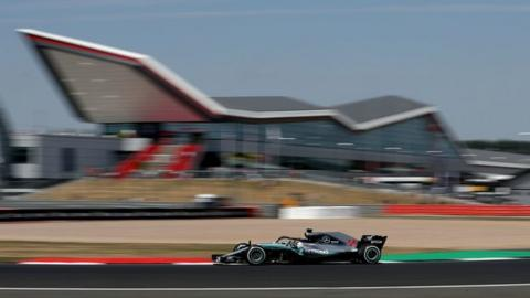 Mercedes: Ferrari F1 first lap clashes 'deliberate or incompetence'