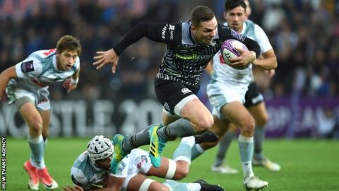George North heads for the line