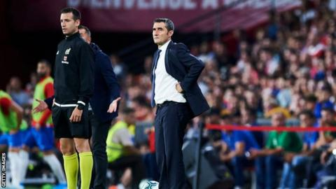 Can Barcelona boss Ernesto Valverde survive champions' miserable away form?