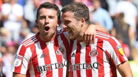 League One play-off final: Charlton Athletic v Sunderland