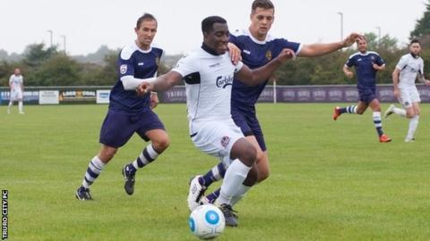 Truro City v East Thurrock United