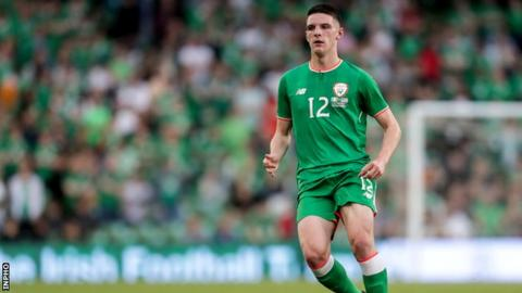 The whole squad is behind Declan Rice — Harry Arter