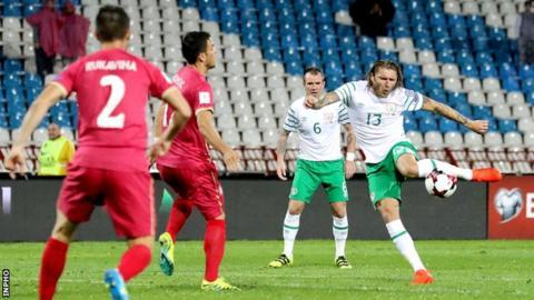 Jeff Hendrick struck the Republic ahead in the third minute in Belgrade