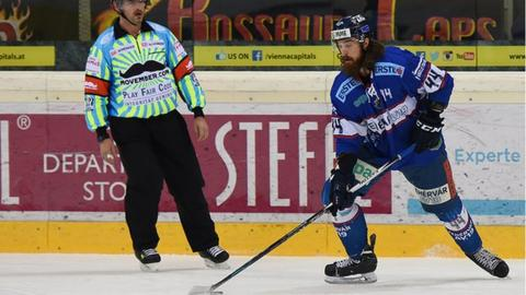 Ryan Martinelli will play for the Belfast Giants in their 2016/17 campaign