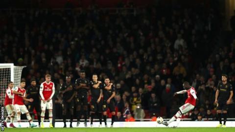 Nicolas Pepe free-kick