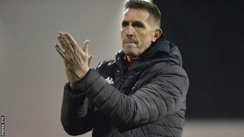 Crusaders boss Stephen Baxter says his team will continue fighting to defend their league title
