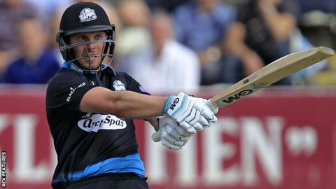 Worcestershire's Tom Fell in action action Lancashire