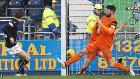James Craigen scores