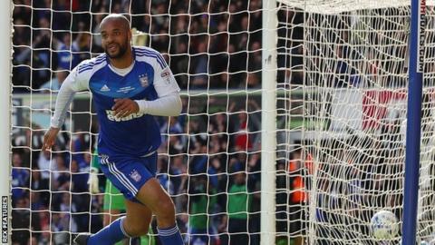 David McGoldrick of Ipswich Town celebrates his goal