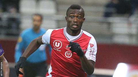 Ivory Coasts Ghislain Konan In Battle For Nations Cup Fitness Bbc
