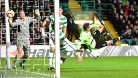 Arkadiusz Milik scores for Ajax at Celtic Park