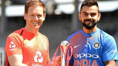Virat Kohli and Eoin Morgan