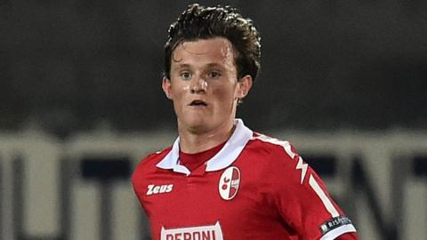 Liam Henderson in action for Bari