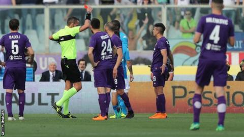 Napoli stunned ... Title hopes in ruins after loss to Fiorentina