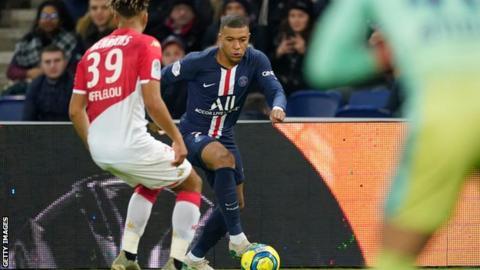 巴黎圣日耳曼队4-1摩纳哥,姆巴佩上演帽子戏法