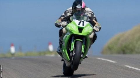 Davey Lambert riding in the Isle of Man TT